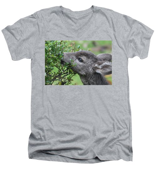 Fawn In The Rain Men's V-Neck T-Shirt