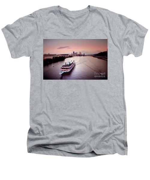 Ferry Boat At The Point In Pittsburgh Pa Men's V-Neck T-Shirt