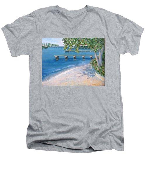 Finding Flagler Men's V-Neck T-Shirt