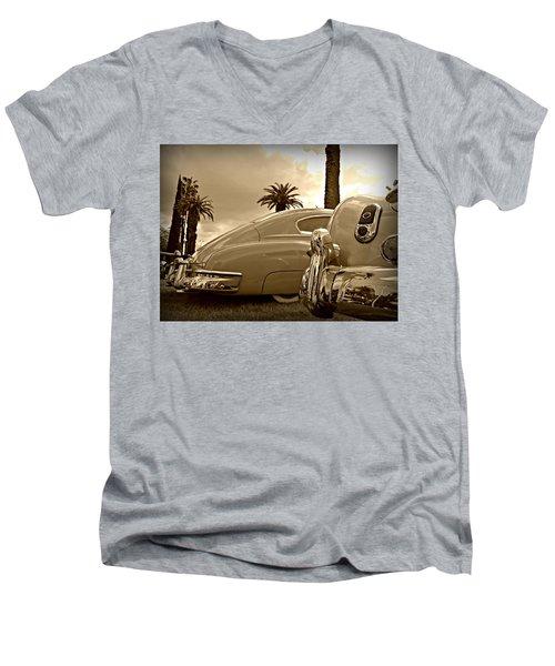 Fine '49s Men's V-Neck T-Shirt