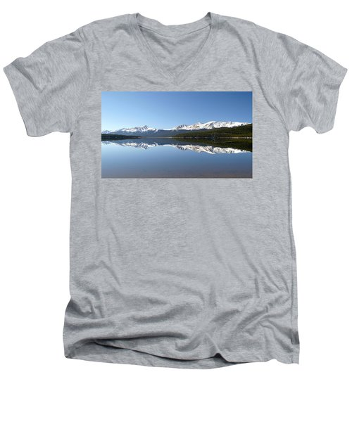 Flat Water Men's V-Neck T-Shirt