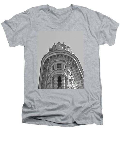 Flatiron Detail Men's V-Neck T-Shirt by John Wartman