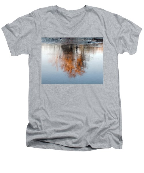 Men's V-Neck T-Shirt featuring the photograph Flint River 22 by Kim Pate
