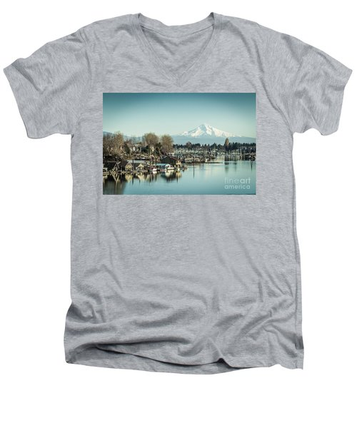 Floating World Men's V-Neck T-Shirt