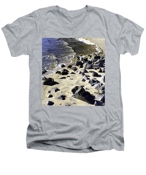 Florida Town Beach Men's V-Neck T-Shirt