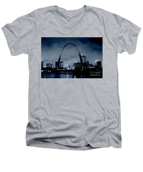 Fog Over St Louis Monochrome Men's V-Neck T-Shirt