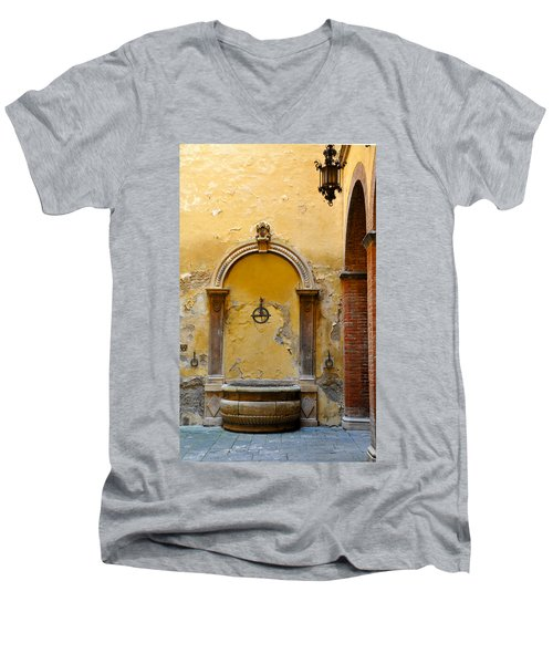 Fountain In Sienna Men's V-Neck T-Shirt