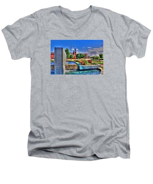 Fountain On Ray Men's V-Neck T-Shirt