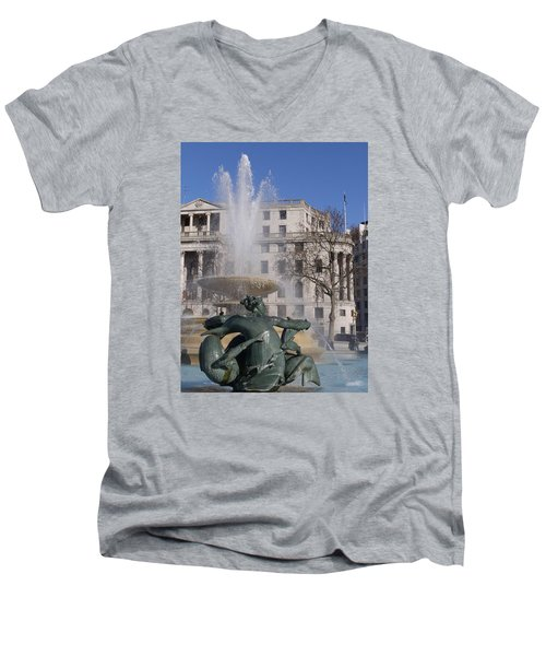 Fountains In Trafalgar Square Men's V-Neck T-Shirt