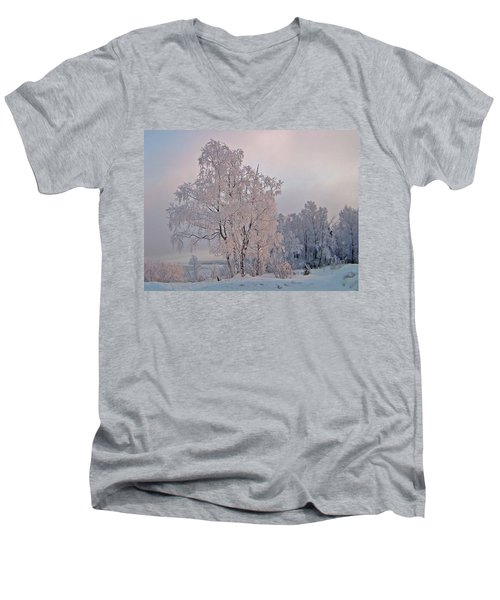 Men's V-Neck T-Shirt featuring the photograph Frozen Moment by Jeremy Rhoades