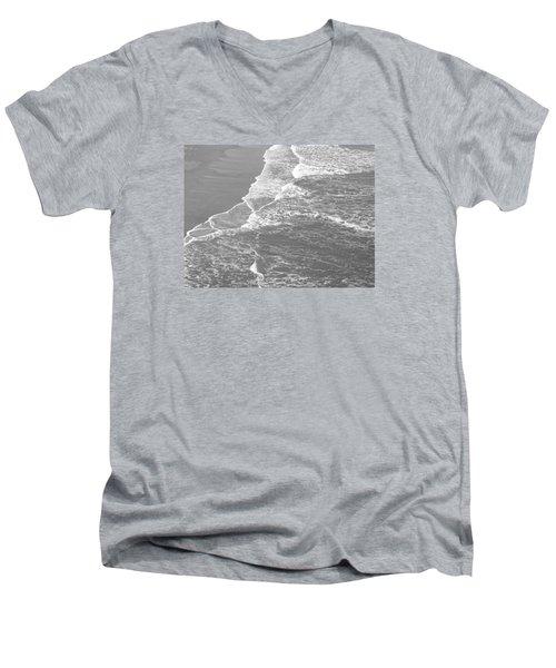 Galveston Tide In Grayscale Men's V-Neck T-Shirt