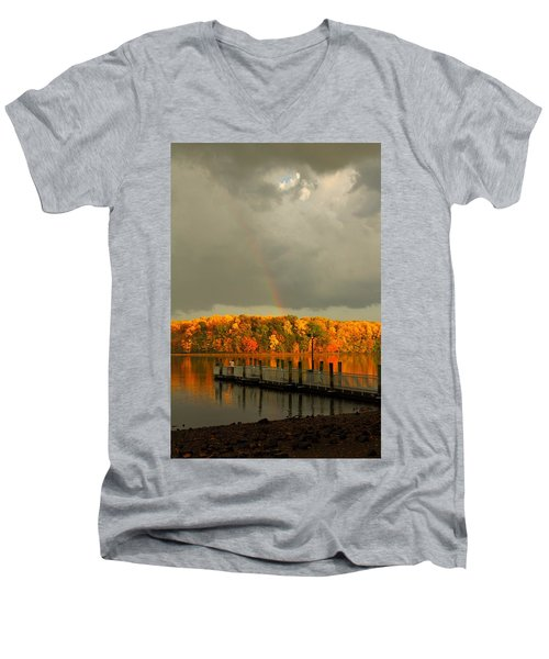 God's Eye Men's V-Neck T-Shirt