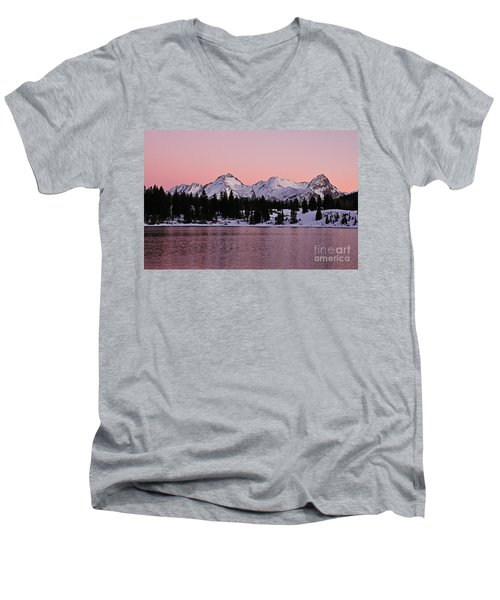 God's Light Painting At Molas Lake Men's V-Neck T-Shirt