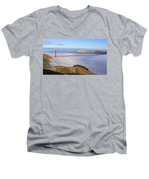 Golden Gate Men's V-Neck T-Shirt