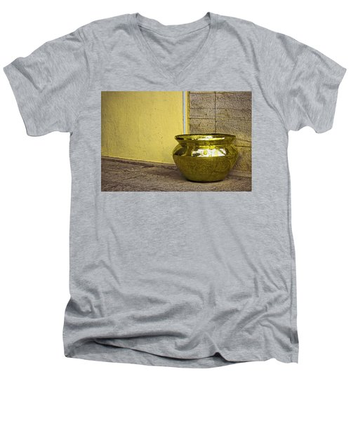 Golden Pot Men's V-Neck T-Shirt