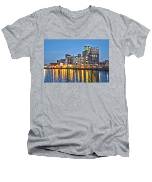 Grain Silo Rotterdam Men's V-Neck T-Shirt
