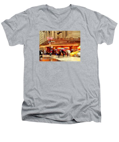 Grand Central Station In The Rain - New York Men's V-Neck T-Shirt