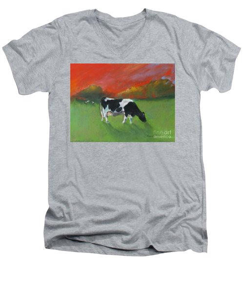 Grazing Cow Men's V-Neck T-Shirt
