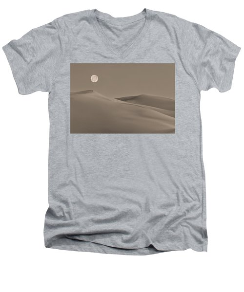 Great Sand Dunes Men's V-Neck T-Shirt