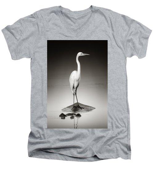 Great White Egret On Hippo Men's V-Neck T-Shirt