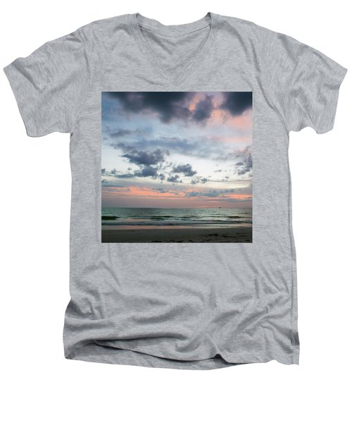 Gulf Of Mexico Sunset Men's V-Neck T-Shirt