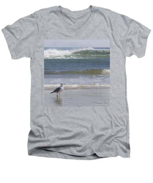 Gull With Parallel Waves Men's V-Neck T-Shirt