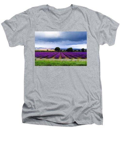 Hampshire Lavender Field Men's V-Neck T-Shirt