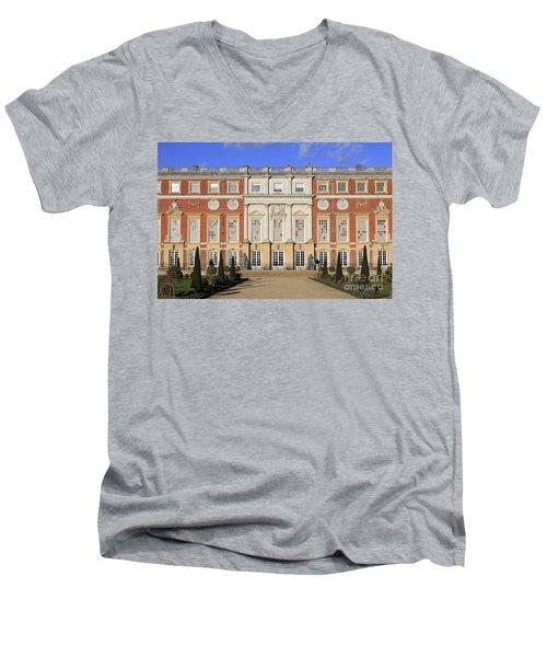 Hampton Court Palace Men's V-Neck T-Shirt