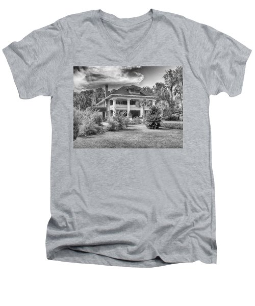 Men's V-Neck T-Shirt featuring the photograph Herlong Mansion by Howard Salmon
