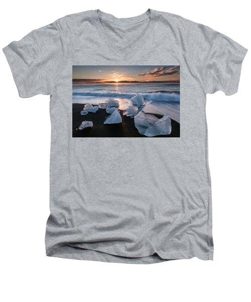 Hitching A Ride Men's V-Neck T-Shirt