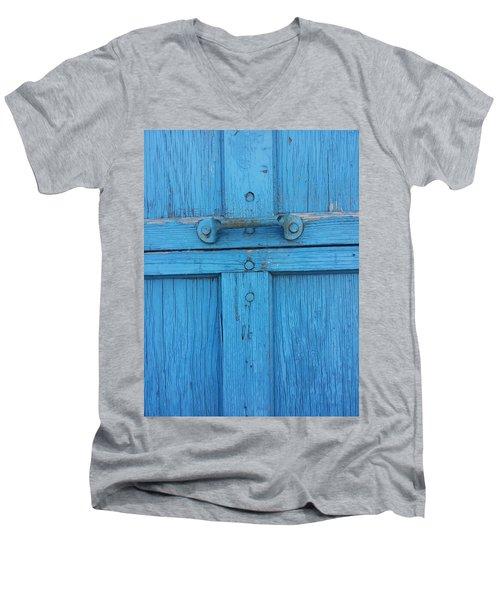 Hold On Men's V-Neck T-Shirt