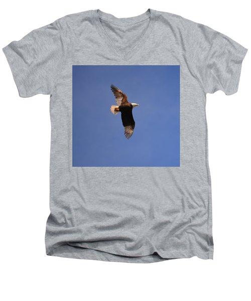 Honor The Veterens Men's V-Neck T-Shirt