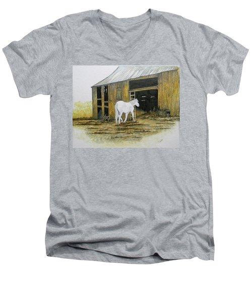 Horse And Barn Men's V-Neck T-Shirt
