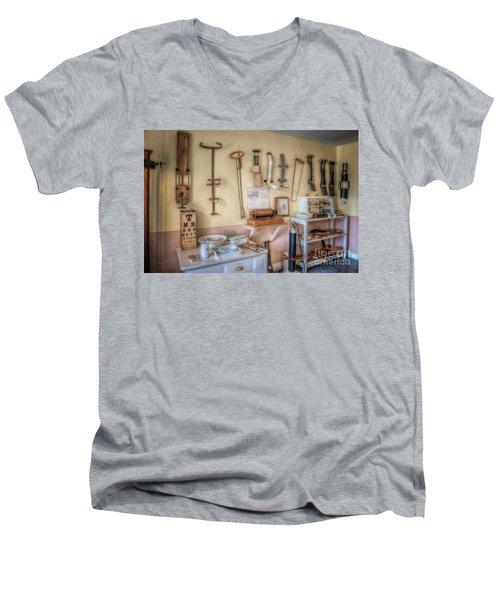 Hospital Museum Men's V-Neck T-Shirt