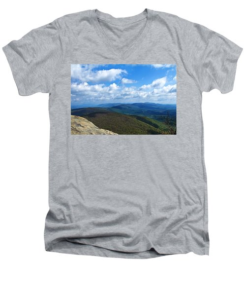 Humpback Rocks View North Men's V-Neck T-Shirt