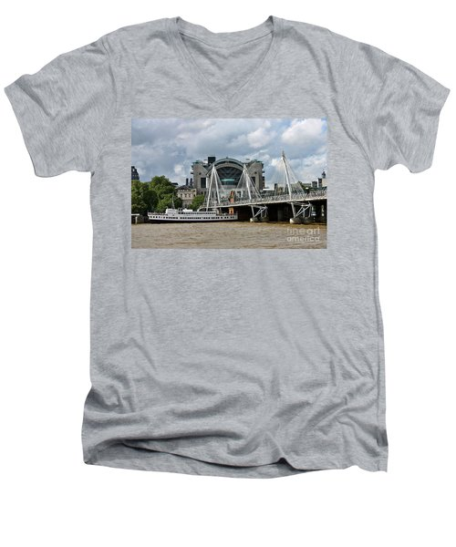 Hungerford Bridge And Charing Cross Men's V-Neck T-Shirt