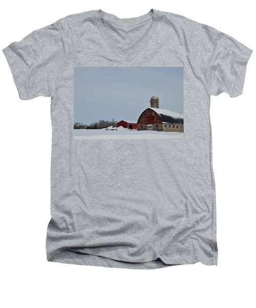 Men's V-Neck T-Shirt featuring the photograph Hunterdon County Landscape by Steven Richman