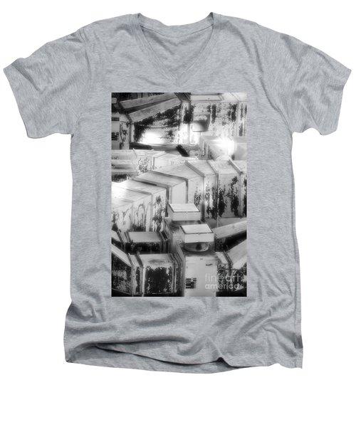 Hvac Men's V-Neck T-Shirt