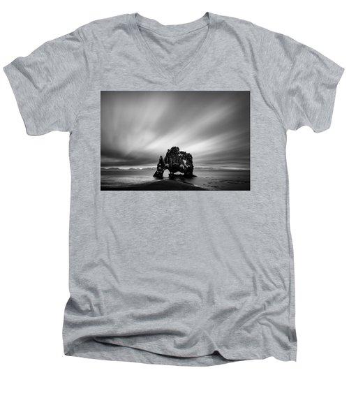 Hvitserkur Men's V-Neck T-Shirt