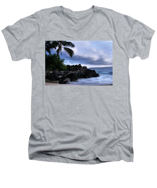 I Ke Kai Hawanawana Eia Kuu Lei Aloha - Paako Beach Maui Hawaii Men's V-Neck T-Shirt by Sharon Mau