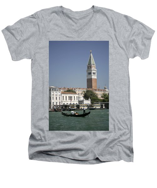 Iconic View Men's V-Neck T-Shirt