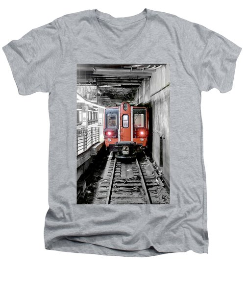 I'm Leaving On A Train Men's V-Neck T-Shirt