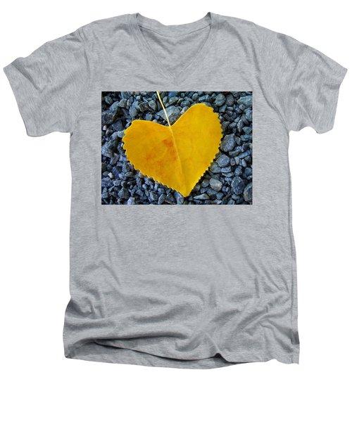 In Love ... Men's V-Neck T-Shirt