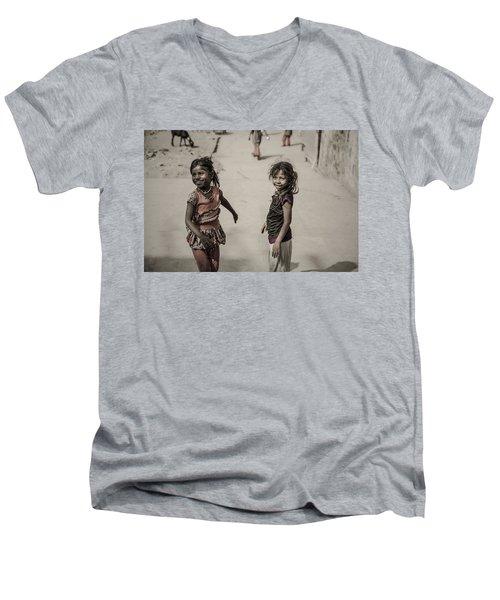 In Omkareshwar Men's V-Neck T-Shirt