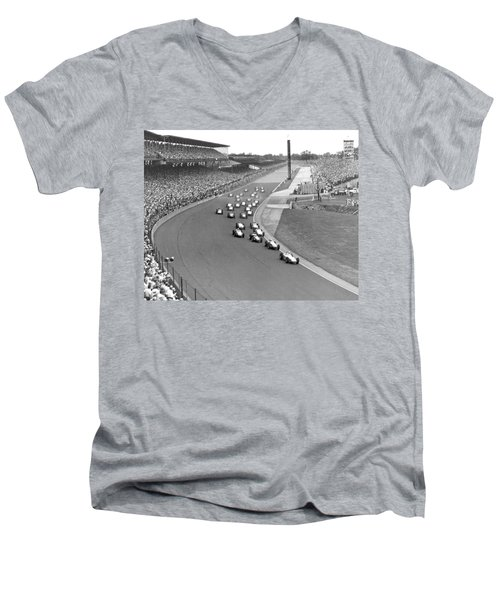 Indy 500 Race Start Men's V-Neck T-Shirt