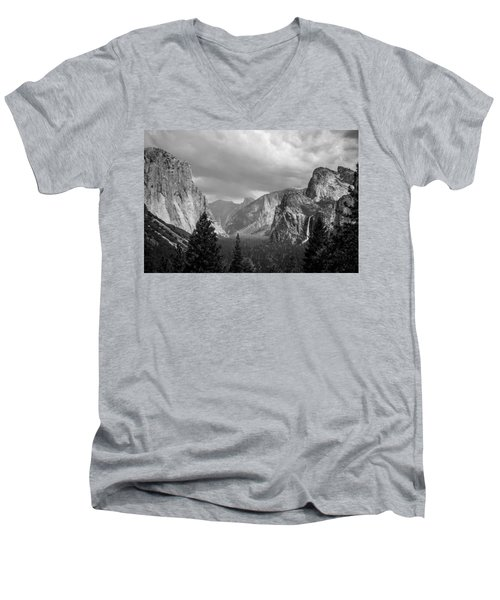 Men's V-Neck T-Shirt featuring the photograph Inspiration by Kristopher Schoenleber