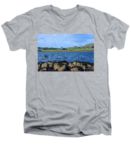 Iona Abbey Isle Of Iona Men's V-Neck T-Shirt