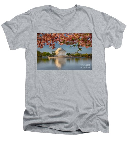 Jefferson Memorial In Spring Men's V-Neck T-Shirt