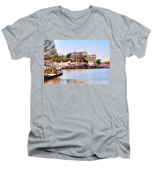Jefferson Memorial Washington Dc Men's V-Neck T-Shirt