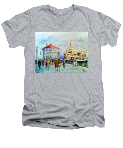Kadikoy Ferry Arrives Men's V-Neck T-Shirt